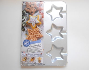 wilton christmas cookie pan instructions
