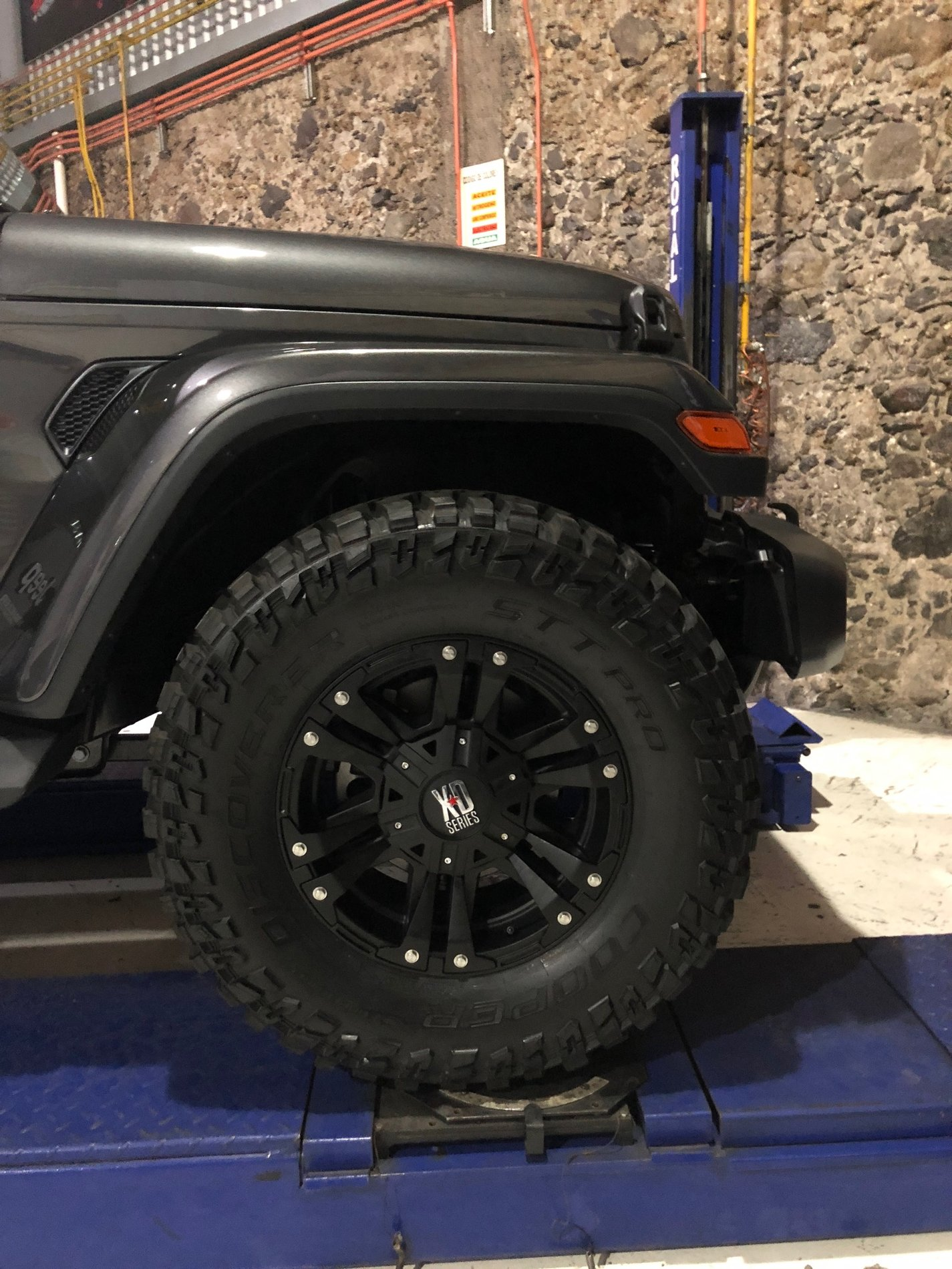 rough country 2.5 lift yj instructions